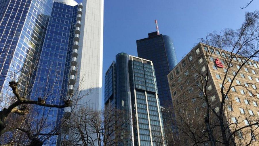 Ein sonniger Tag in Frankfurt